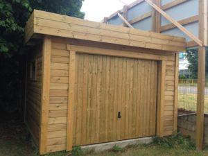 Conseils pour bien choisir son garage préfabriqué en bois