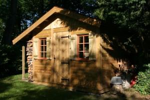 Abri de jardin bois nandy avec b cher for Reglementation entretien jardin