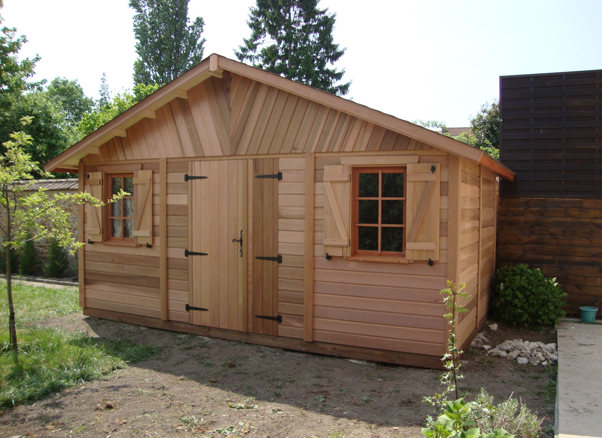 Abri de jardin savigny en red cedar cerisier for Porte de cabanon double