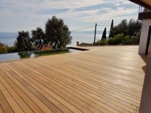 Comment créer une terrasse en bois vraiment durable ?