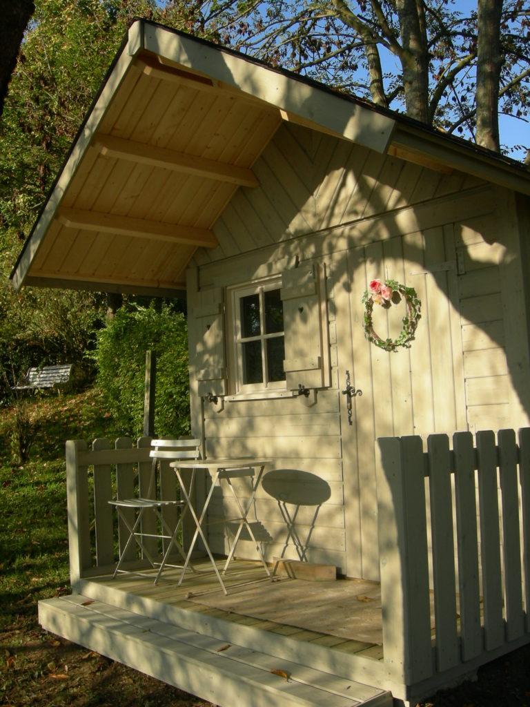 Abri_jardin_BLANDY_sapin_250x200+auvent_terrasse+peinture_1