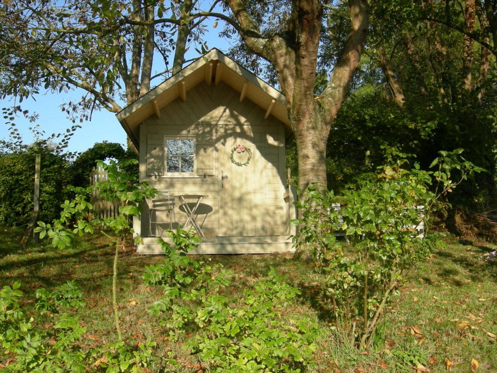 Abri_jardin_BLANDY_sapin_250x200+auvent_terrasse+peinture_3