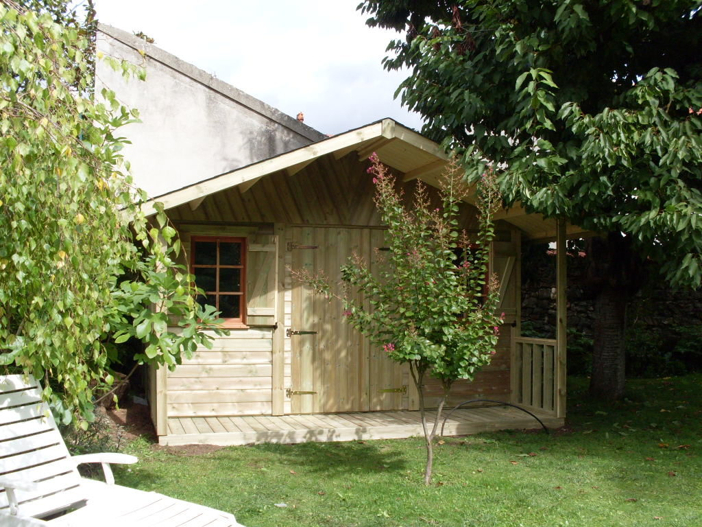 Abri_jardin_MILLY_autoclave_400x300+auvent terrasse