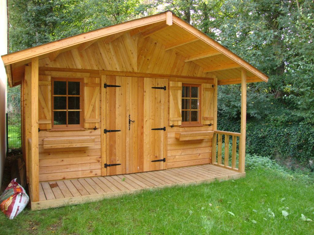 Abri_jardin_MILLY_mélèze_400x350+auvent terrasse_1