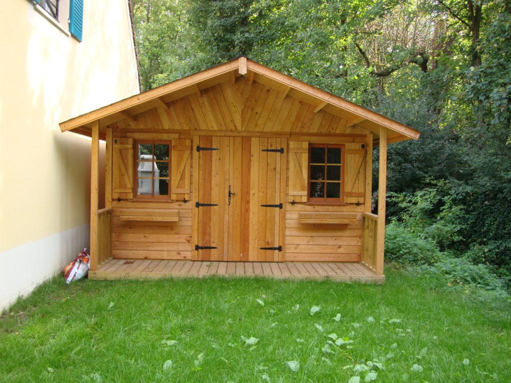 Abri_jardin_MILLY_mélèze_400x350+auvent terrasse_2