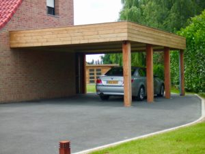Comment fixer un carport adossé ?